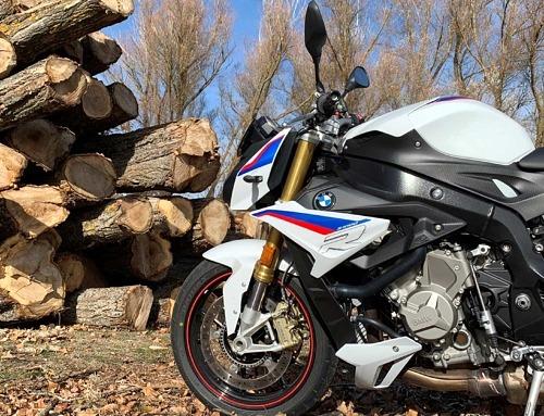 De Madrid a Segovia con la BMW S1000 R