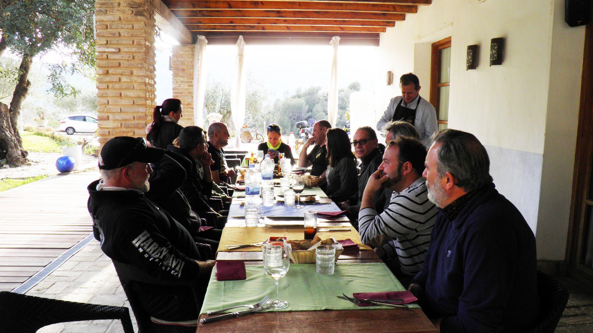 Comida grupo Castell de la Solana