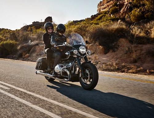 Consejos para llevar pasajero en la moto