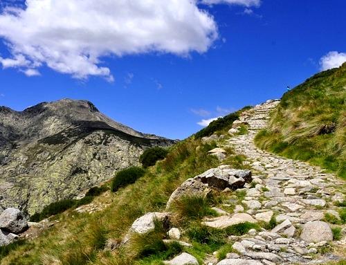Passamos por Ávila e Salamanca até a Serra de Gredos